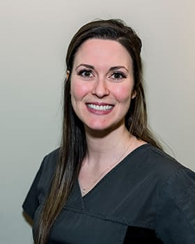Ashlie Krachenfels, Registered Dental Assistant, Grande Prairie